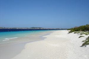 Visit this uninhabited island close to Bonaire and enjoy it's beaches and beautiful underwater world!
